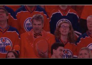 https://twitter.com/NHL/status/858830817056890880?ref_src=twsrc%5Etfw&ref_url=https%3A%2F%2Fwww.washingtonpost.com%2Fnews%2Fearly-lead%2Fwp%2F2017%2F04%2F30%2Fgo-canada-edmonton-oilers-fans-sing-the-star-spangled-banner-after-mic-malfunctions%2F