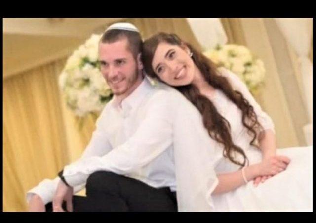 https://www.haaretz.com/israel-news/baby-delivered-after-mother-shot-in-west-bank-terror-attack-dies-1.6742842